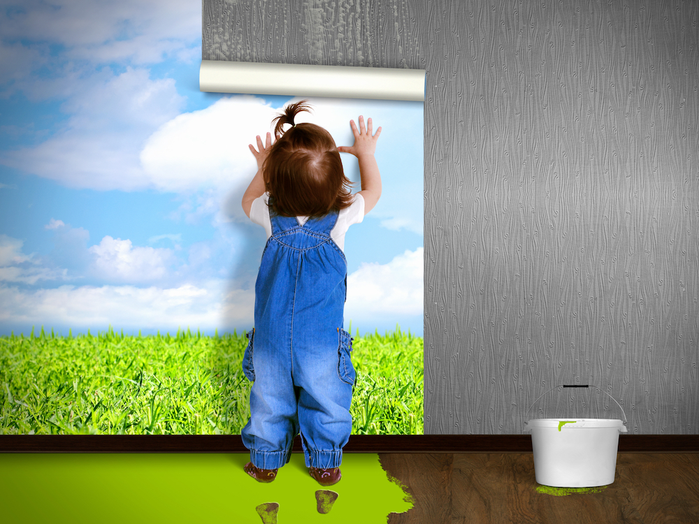 child wallpapering